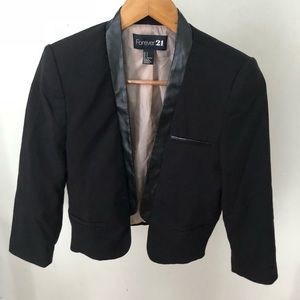 Forever 21 Cropped Blazer Black Small